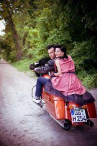 Mr. & Mrs. Curtis @ Vintage & Antiquitäten Flohmarkt | Gerasdorf bei Wien | Niederösterreich | Österreich